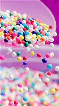 Tumbling Colorful Candy Ball iPhone 6(s)~8(s) wallpaper