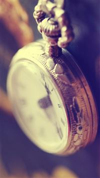 Antique Pocket Watch iPhone 6(s)~8(s) wallpaper