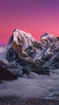 Icy Mountains Red Sky iPhone 6(s)~8(s) wallpaper