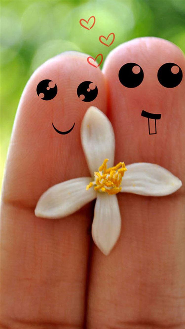 Cute Love Cartoon Couple Fingers Iphone 8 Wallpaper Download