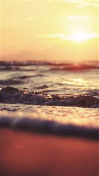 Fuzzy Sunset Beach Wave Landscape iPhone 6(s)~8(s) wallpaper