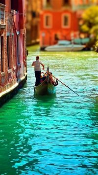 Venice Italy City View Gorgeous Architecture iPhone 6(s)~8(s) wallpaper