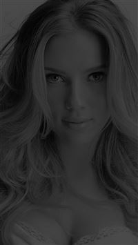 Scarlett Johansson Smile Dark Sexy Celebrity iPhone 6(s)~8(s) wallpaper