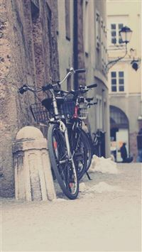 Nature Town City Street Parking Bicycle Scene iPhone 6(s)~8(s) wallpaper