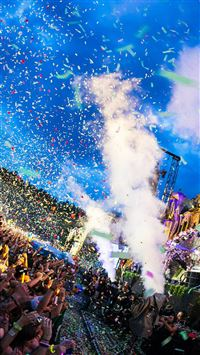 Tomorrowland Festival Concert Confetti iPhone 6 wallpaper