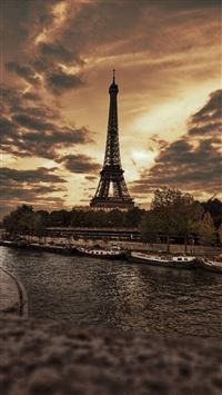 France Eiffel Tower City Storm Skyscape iPhone 6(s)~8(s) wallpaper