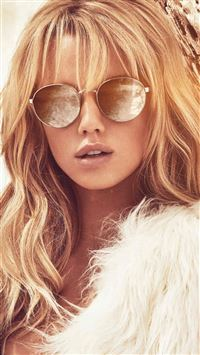 Guess Model Photo Sunglass iPhone 6(s)~8(s) wallpaper