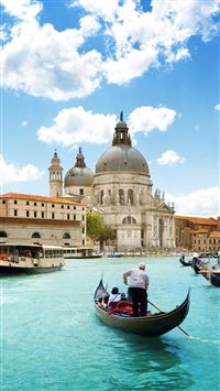 Venice Dome Gondola Light Blue Water iPhone 6(s)~8(s) wallpaper