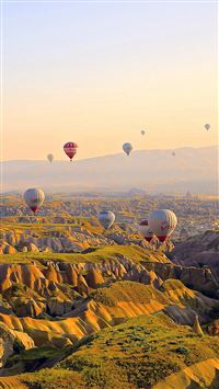 Hot Air Balloon Travel Mountain iPhone 6(s)~8(s) wallpaper
