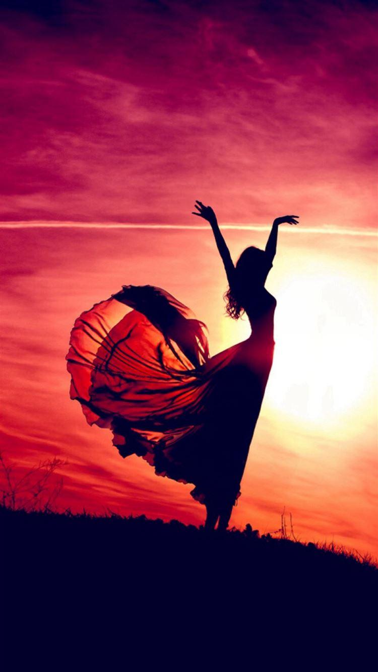 Aesthetic Dancing Sunshine Beauty Girl Iphone 8 Wallpapers Free