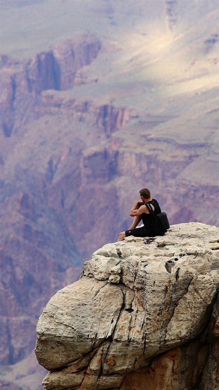 Colorado Grand Canyon Lonely Man Mountain Top Iphone 8 Wallpaper