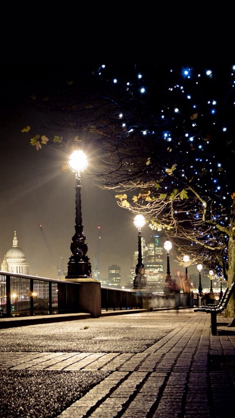 Dark Night Street Lamp Shiny Light Iphone 8 Wallpapers Free