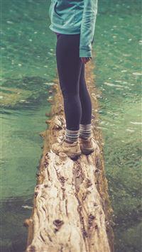 Girlfriend Lake Green Nature Water Cold iPhone 6 wallpaper