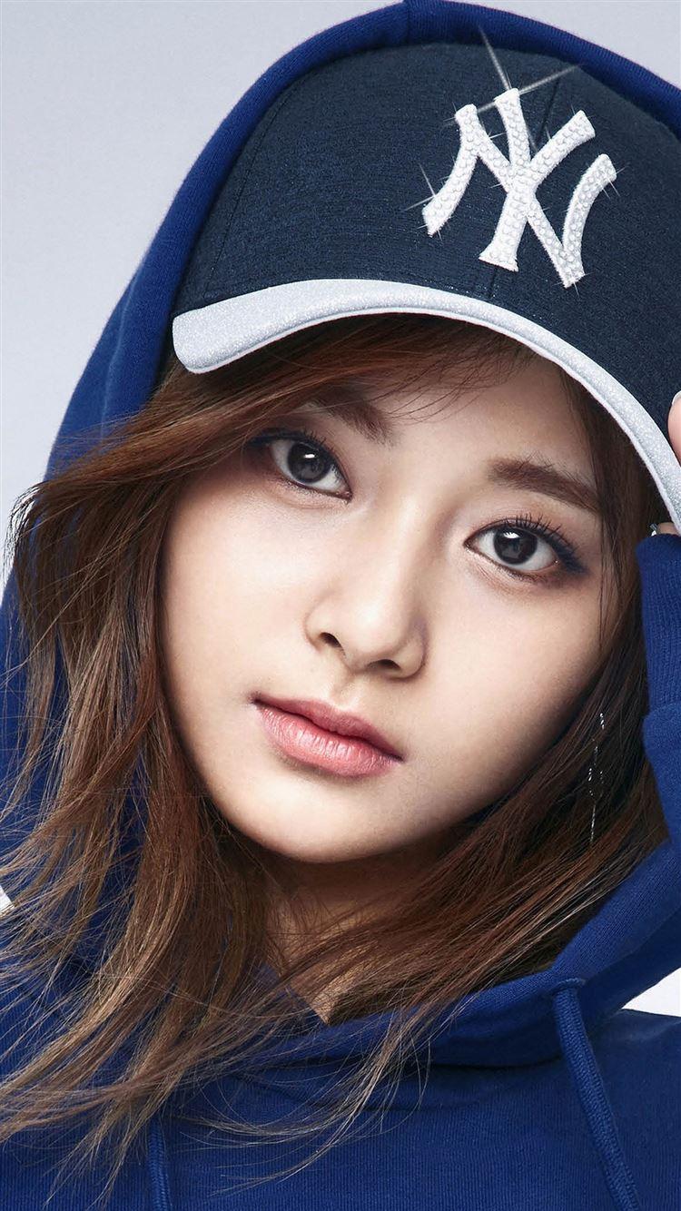 Tzuyu Kpop Girl Idol Face Iphone 8 Wallpapers Free Download