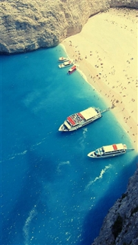 Summer Famous Beaches In Greece iPhone 6(s)~8(s) wallpaper