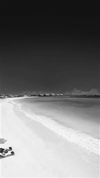 Infrared Beach Seaside Black And White iPhone 7 wallpaper