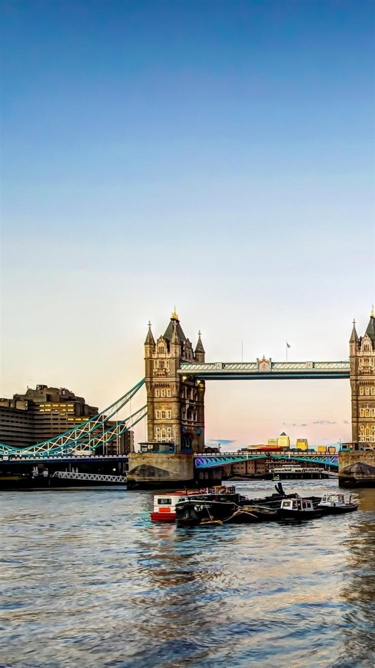 Tower Bridge London Iphone 8 Wallpaper Download Iphone Wallpapers