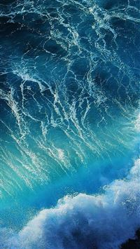 Waves of the sea iPhone 6(s)~8(s) wallpaper