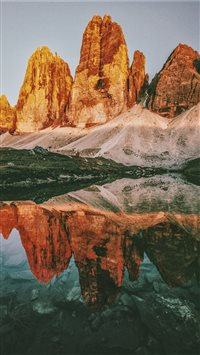 Three peaks Lavaredo iPhone 6(s)~8(s) wallpaper