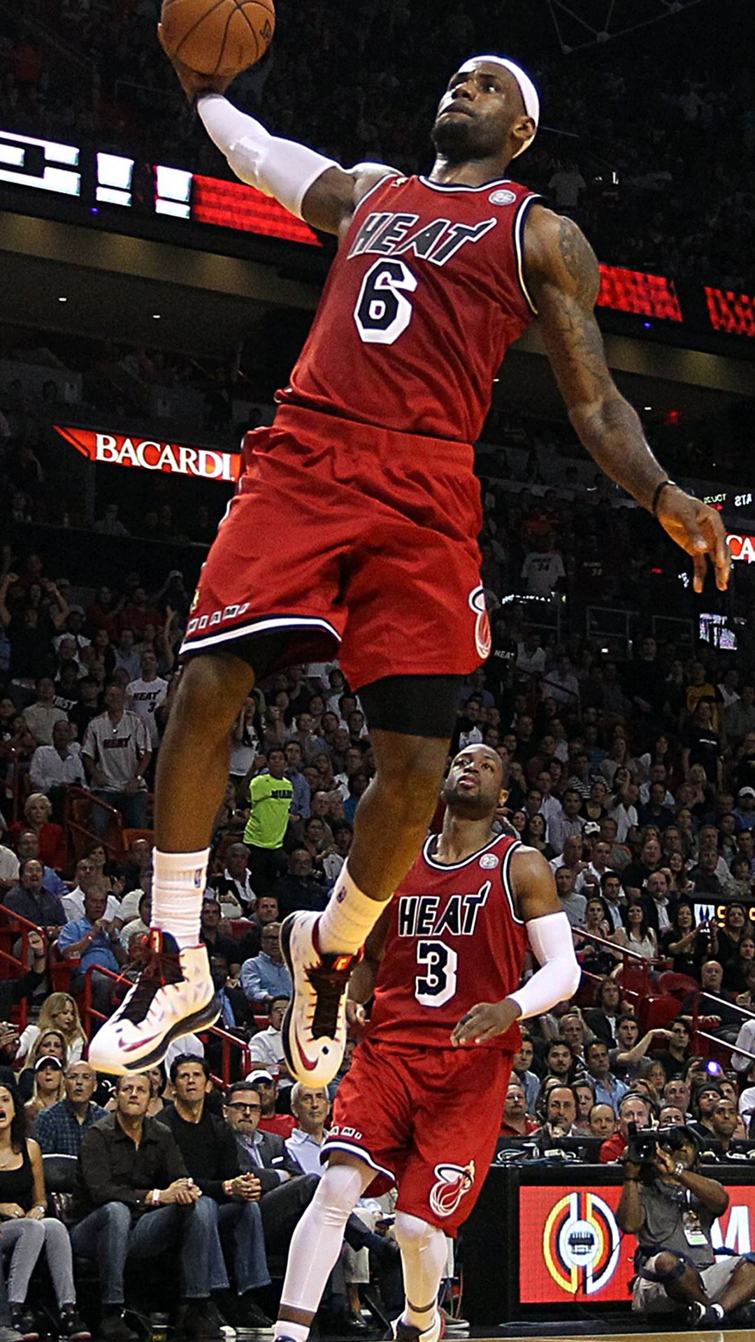 Lebron James Dunking Cave iPhone 8 wallpaper
