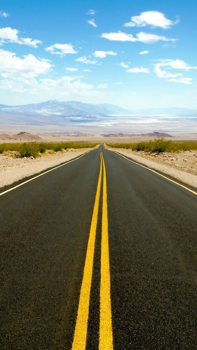 Road To Death Valley Iphone Se Wallpaper Download Iphone