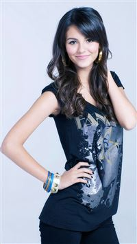 Victoria Justice iPhone 5(s/c)~se wallpaper