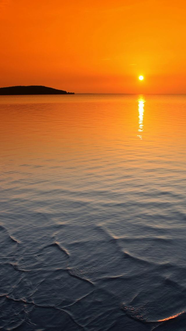 Orange horizon sunset iPhone se wallpaper
