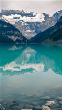 Lake Louise Canada iPhone 5(s/c)~se wallpaper