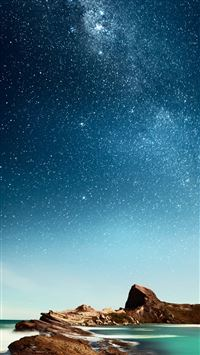 Shiny Milky Outer Space Over Sea iPhone 5(s/c)~se wallpaper