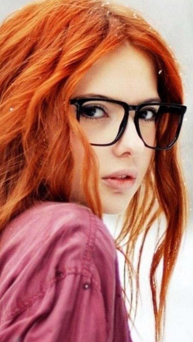 Cute Orange Hair Beauty Cute Girl Art Iphone Se Wallpaper