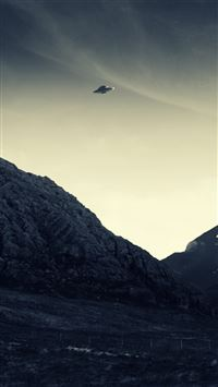 UFO Flying iPhone 5(s/c)~se wallpaper