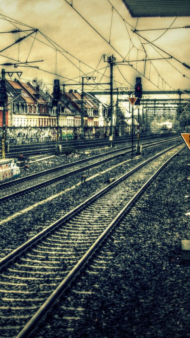 Train Station Hdr Iphone Se Wallpaper Download Iphone