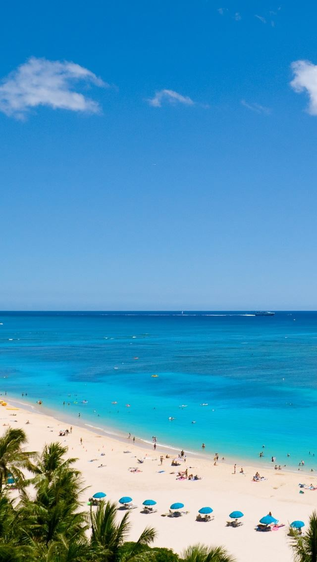 Waikiki Beach And Pacific Ocean Iphone Se Wallpaper