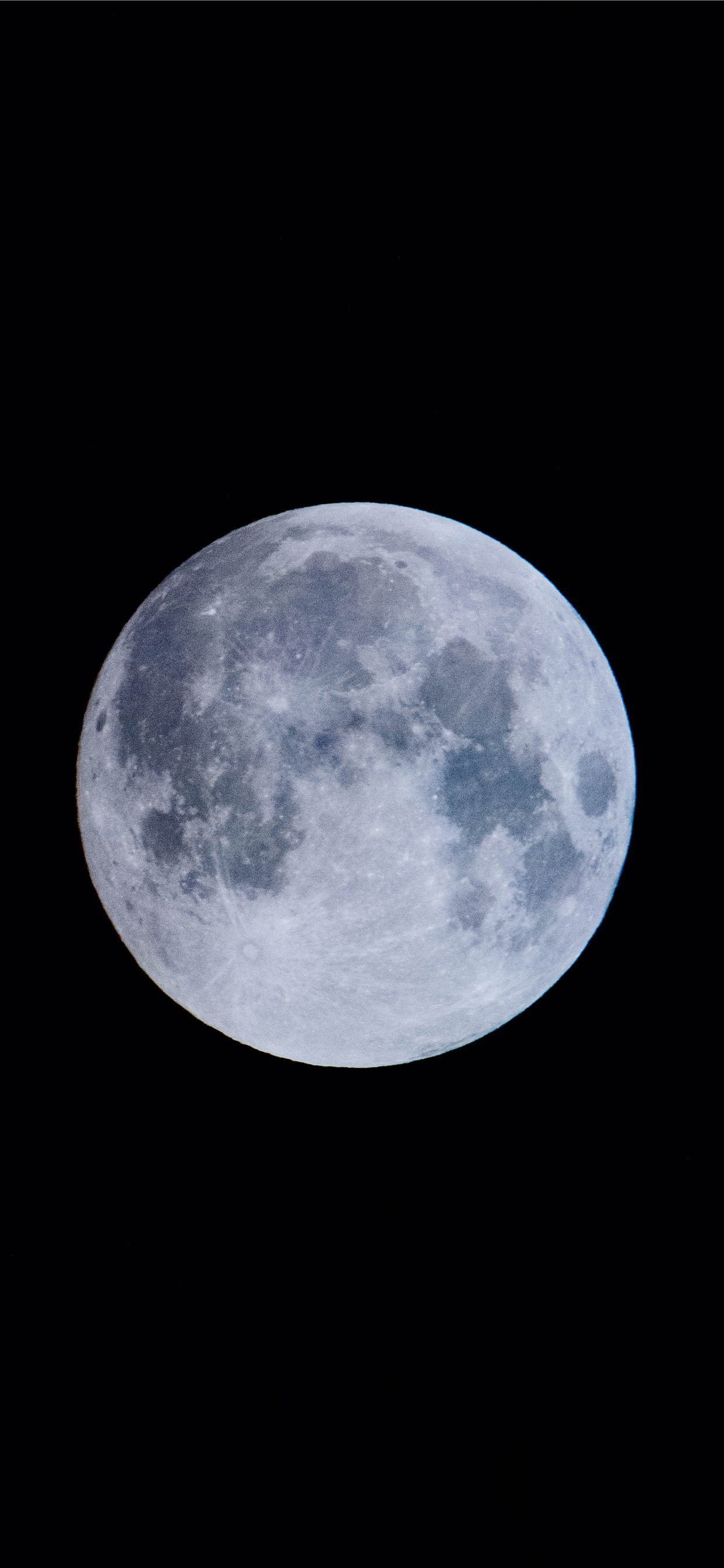 400+blue moon iPhone SE Wallpapers Free Download
