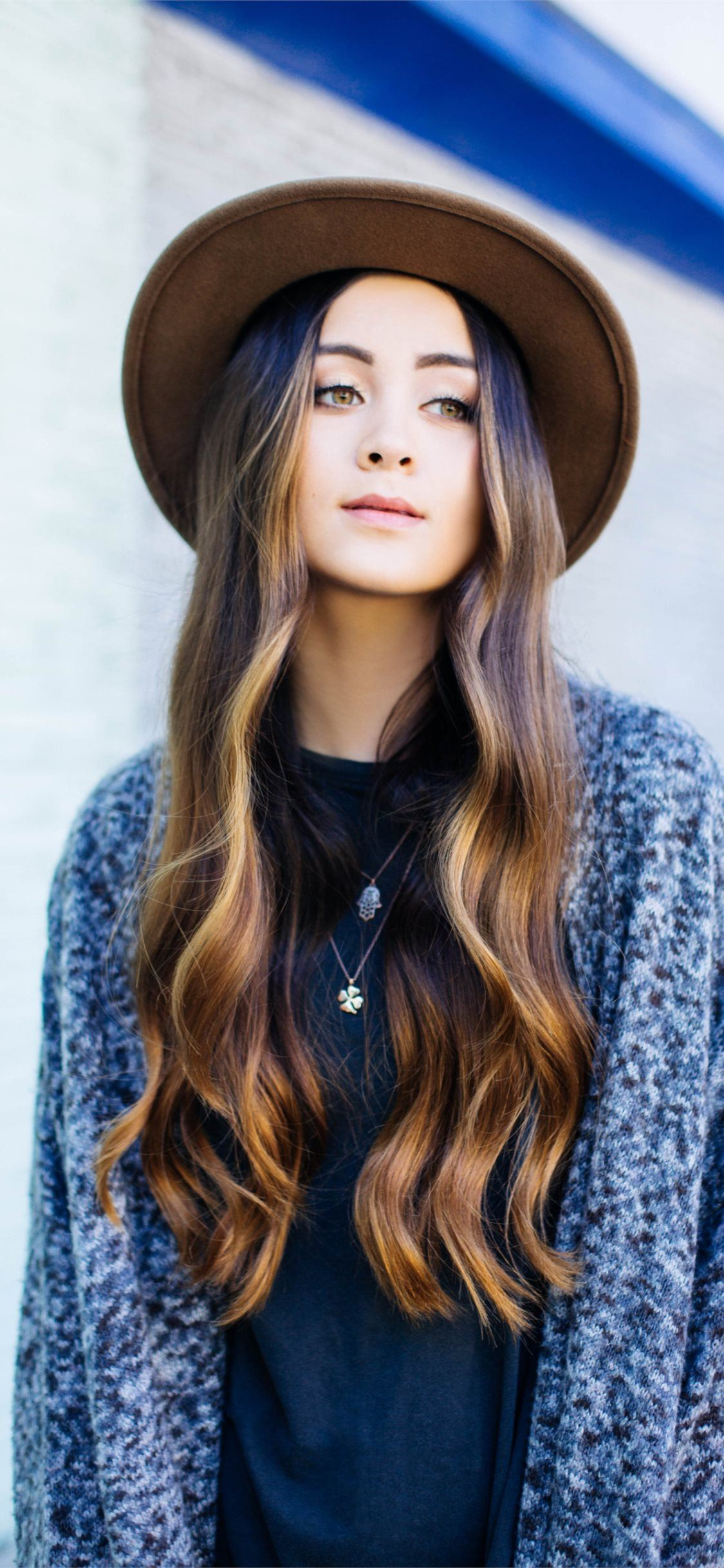 Best 59 Jasmine Thompson on Hip iPhone SE wallpaper