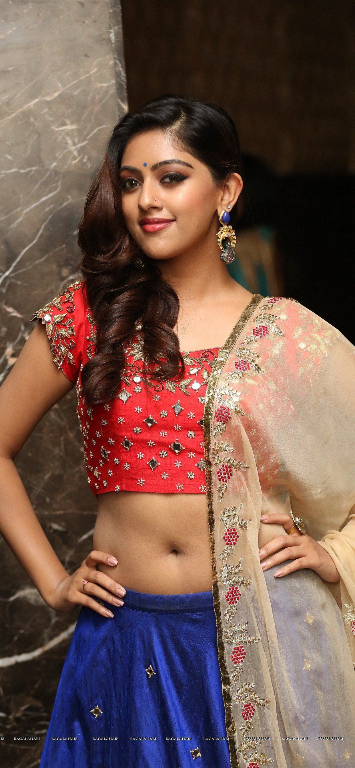 Anu Emmanuel HD Gallery Image 42 iPhone SE wallpaper