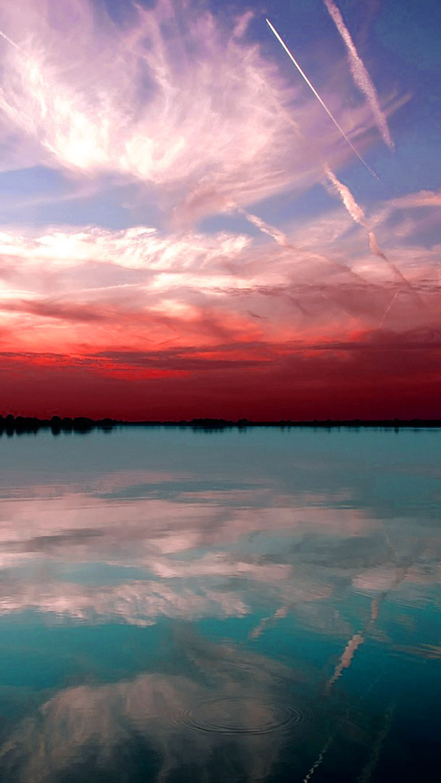 Clear Red Sky  iPhone wallpaper
