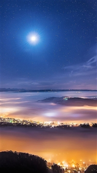 Foggy Town Under The Stars iPhone 5s wallpaper