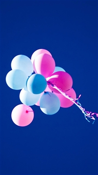 Pure Blue Sky Balloons iPhone 5s wallpaper