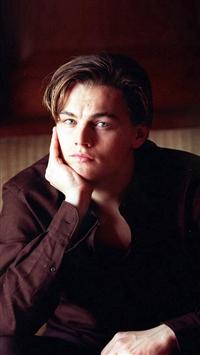 Leonardo Dicarprio Young Actor Celebrity iPhone 5s wallpaper