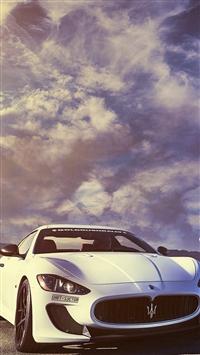 Splendid Maserati Sports Car Sky View iPhone 5s wallpaper