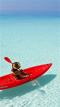 Canoeing Shadow Clear Ocean Endless Skyline Sea iPhone 5s wallpaper