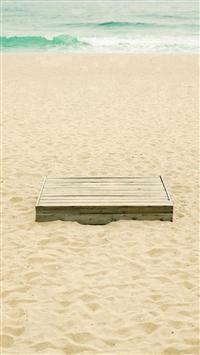 Pure Summer Beach Wooden Box iPhone 5s wallpaper