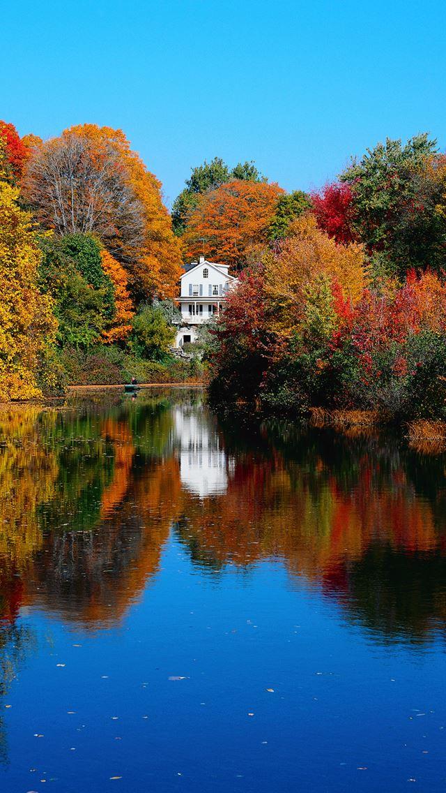 Autumn Lake iPhone wallpaper