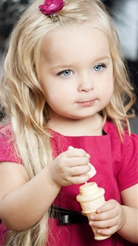 Little Girl iPhone 5s wallpaper