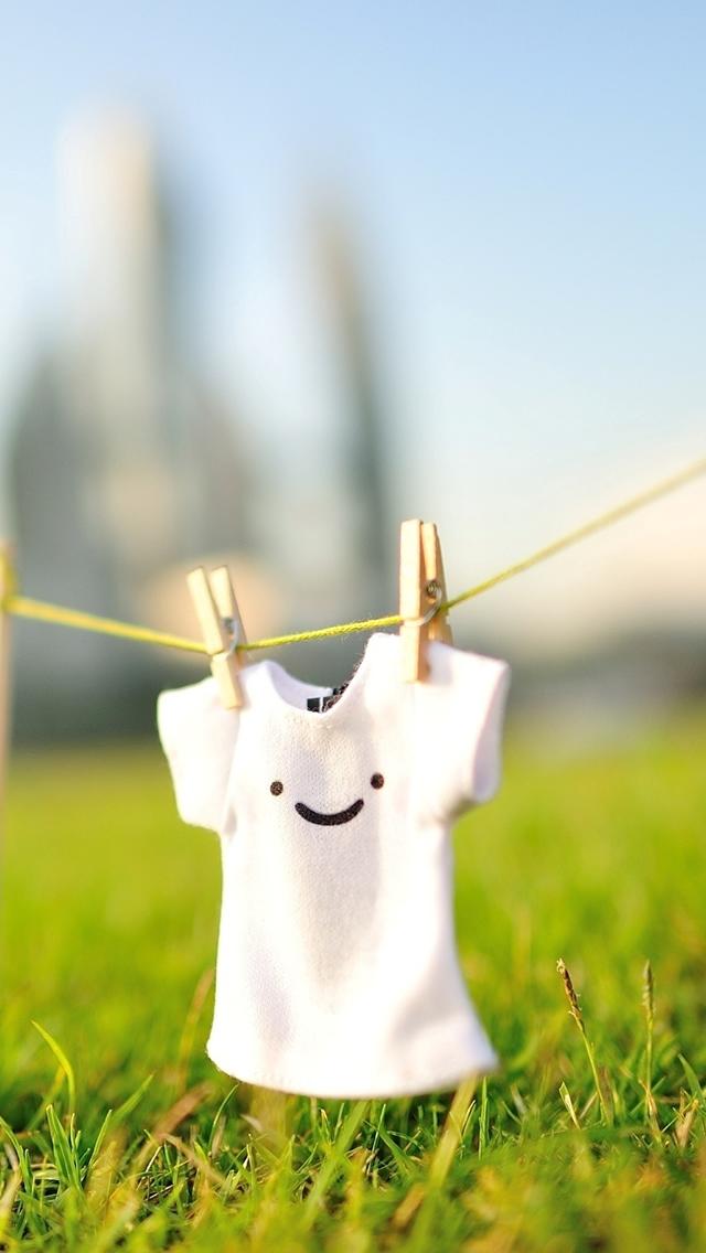 Cute Smile T shirt iPhone wallpaper