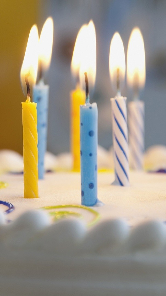 Candles On Birthday Cake Iphone Wallpapers Free Download
