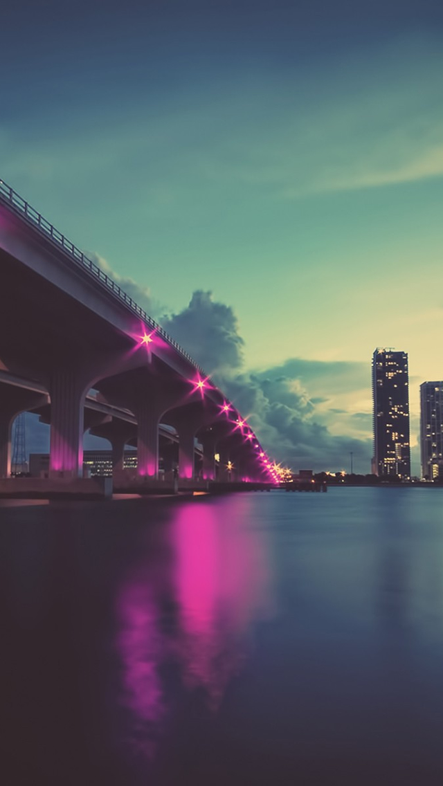City Bridge iPhone wallpaper