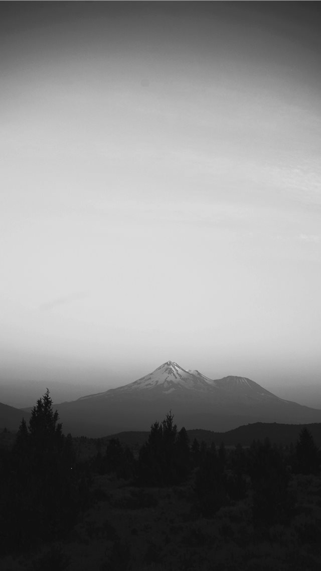 Mount Shasta  United States iPhone wallpaper