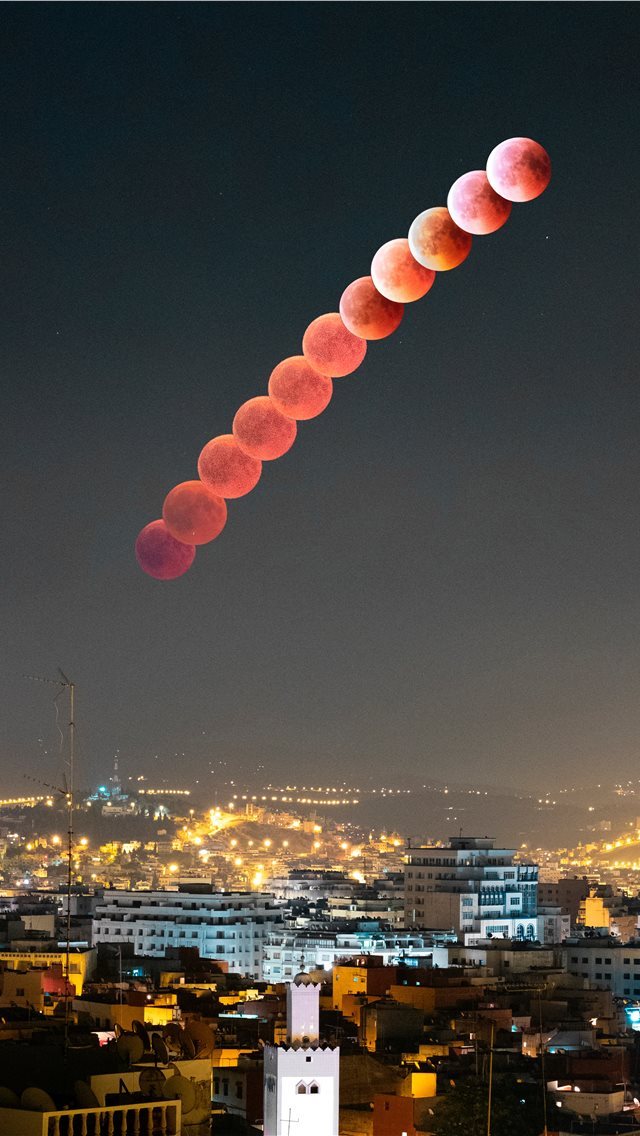 Blood moon in Tangier iPhone wallpaper